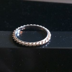 Silpada.925 Sterling Silver Rope Ring